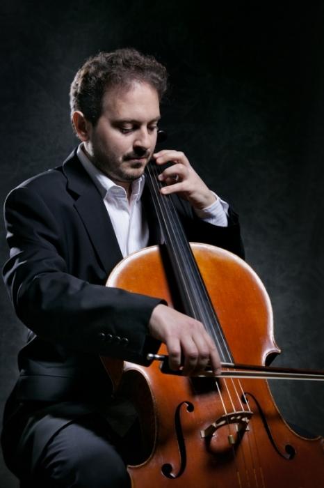 Xavier Chatillon violoncelliste tubaVScello