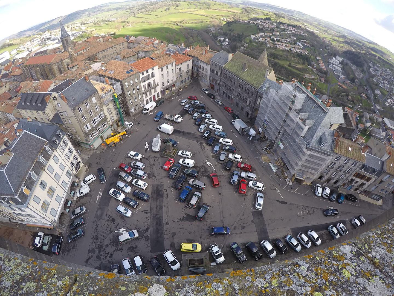 Saint-Flour Cathédrale Saint-Pierre photos + place d'Armes