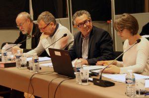 Fabrice Prunier (au centre), receveur, a salué le travail de préparation du compte administratif 2017.