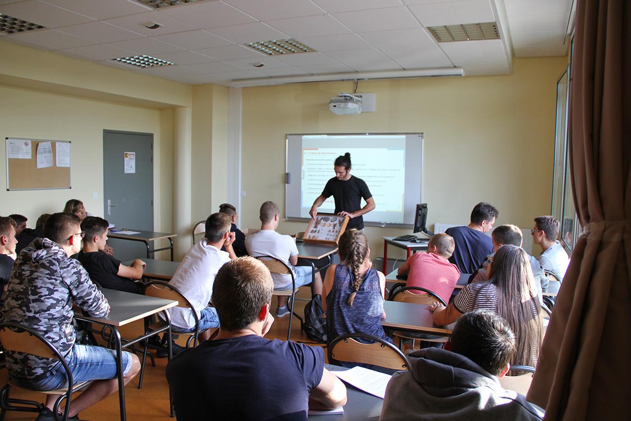sensibilisation-écrevisses-lycée-volzac